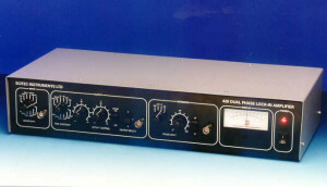 Model 420 Dual Phase Lock-in Amplifier